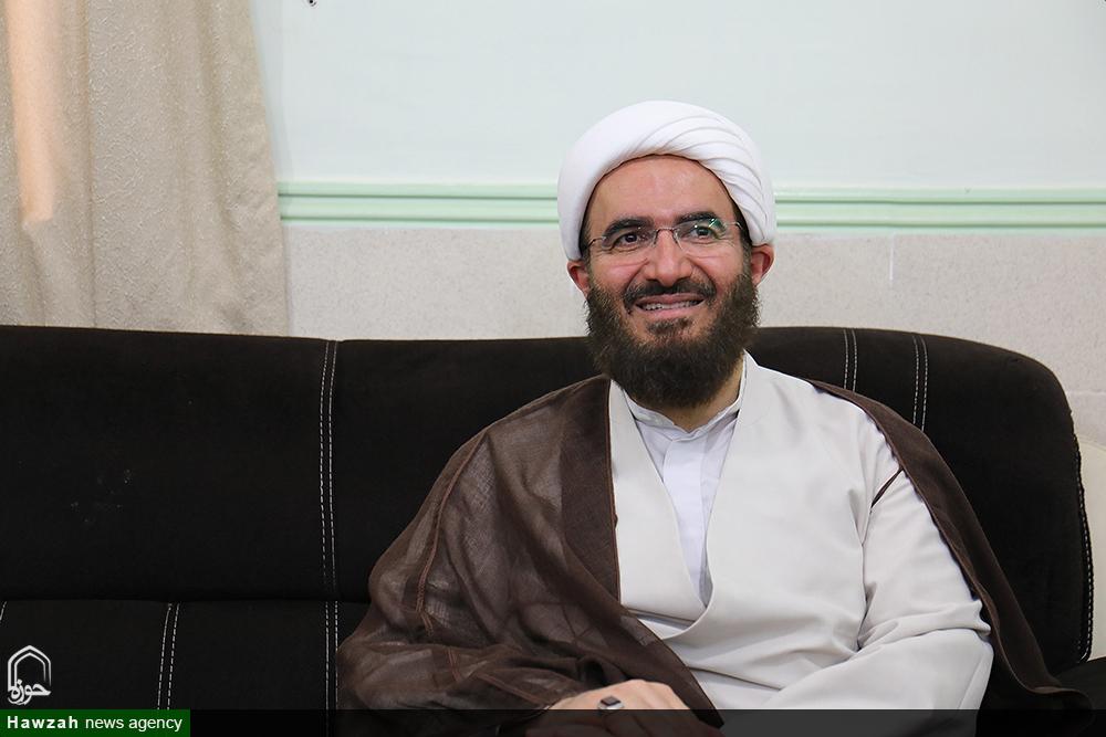 بازدید حجت الاسلام و المسلمین حاج علی اکبری از دفاتر شهرستانی ائمه جمعه خوزستان