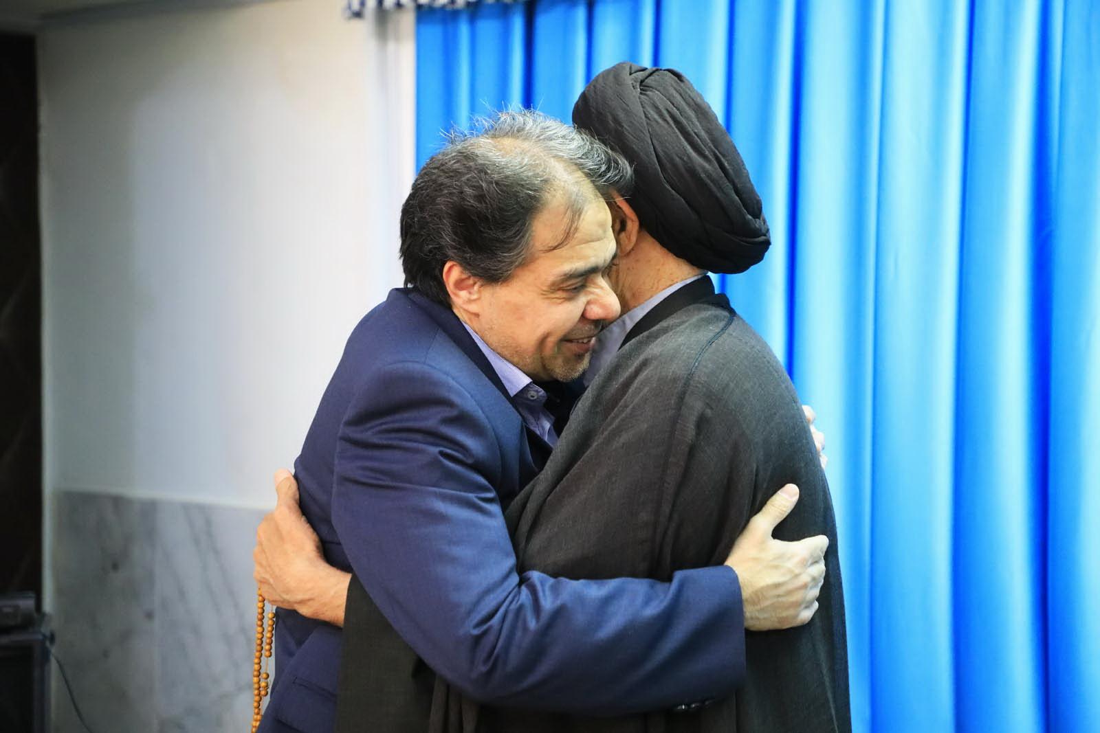 دیدار رئیس بیمه سلامت کشور با امام جمعه بیرجند