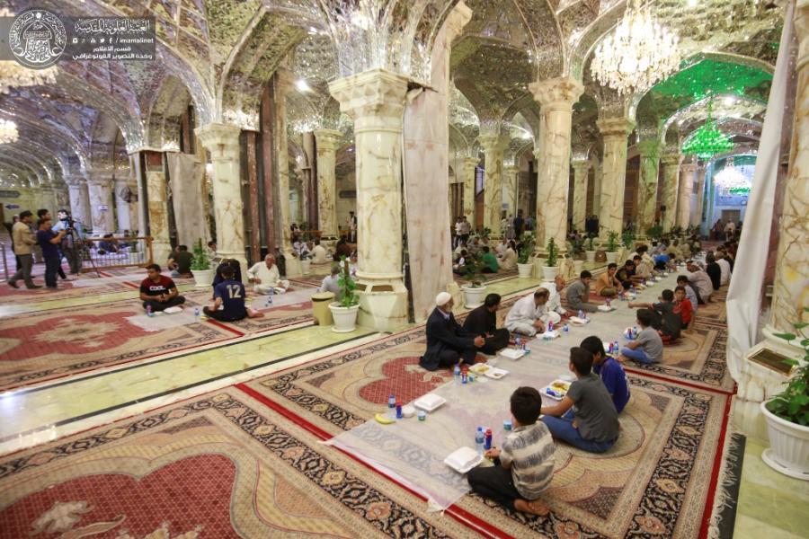 سفره افطار حرم امیرالمومنین(ع) برای بیش از ۱۰ هزار زائر