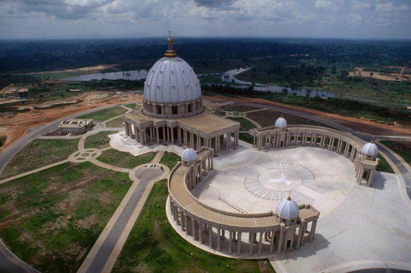 کلیسای ساحل عاج