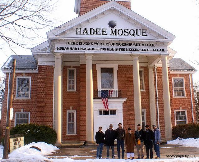 تهدیدات علیه مساجد پنسیلوانیا، جو نگران کننده ای برای مسلمانان ایجاد کرده