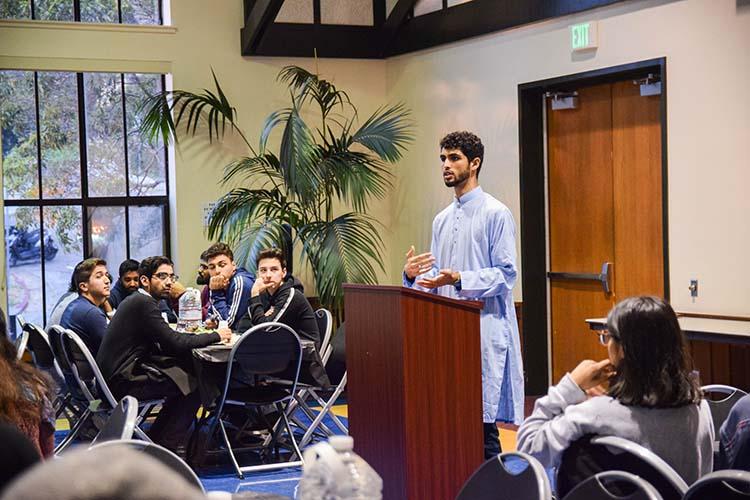 نخستین افطاری میان ادیانی در دانشگاه برکلی کالیفرنیا برگزار شد