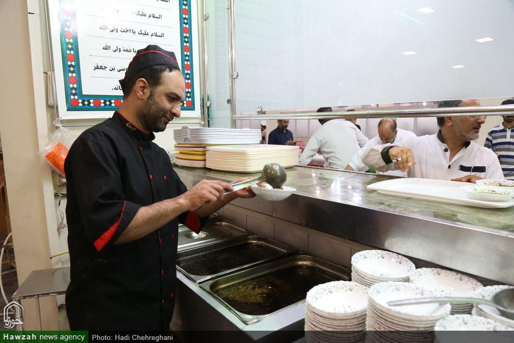 ۲۰۰ هزار غذای تبرّکی حرم میان نیازمندان قمی توزیع میشود
