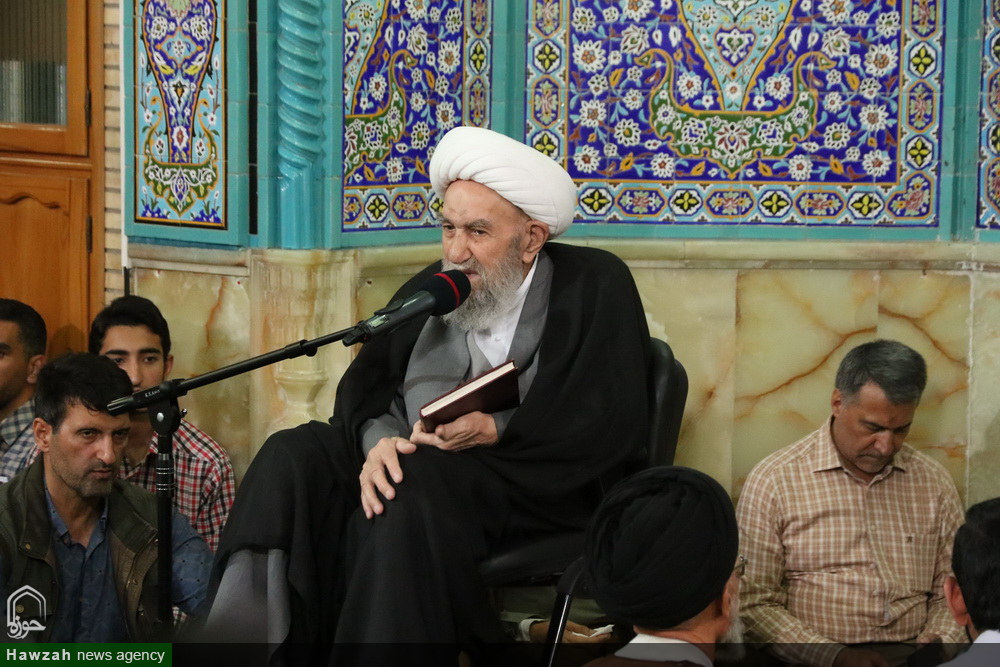 سلسله جلسات اخلاق آیت الله ناصری در مسجد کمرزین اصفهان