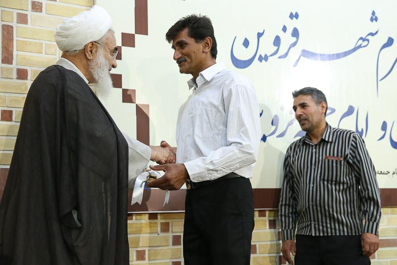 امام جمعه قزوین میزبان پاکبانان شهرداری