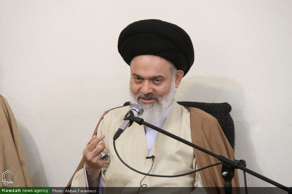 ملاک حوزه  موفق در نگاه آیت الله حسینی بوشهری