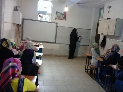 اعزام گروهی از مبلغان جامعهالزهرا(س) به مناطق سیل زده استان لرستان