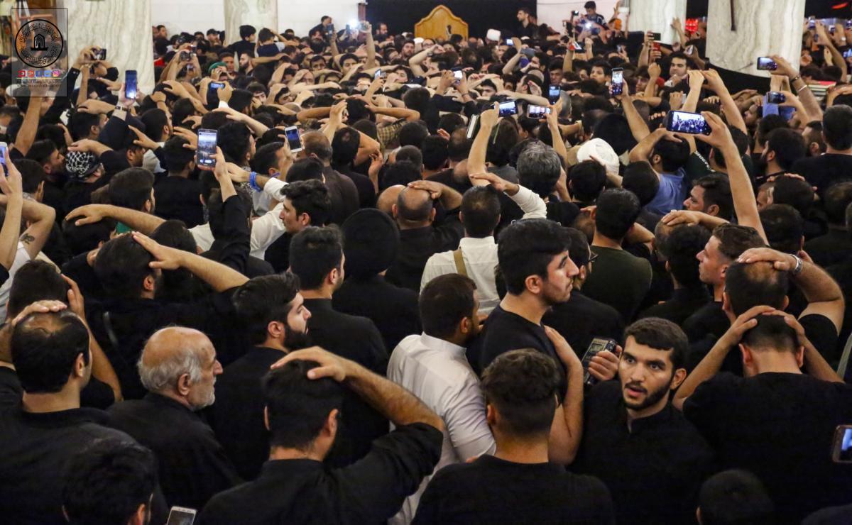 مسجد کوفه غرق در عزای شهادت حضرت امیرالمومنین علی(ع) شد