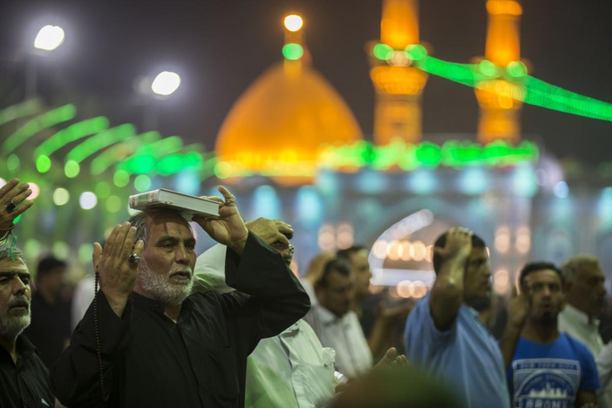 حال و هوای حرم حضرت عباس (ع) در آخرین شب قدر