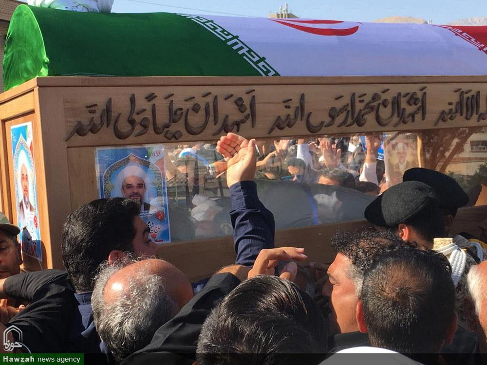 تشییع باشکوه پیکر شهید حجتالاسلام خرسند در کازرون
