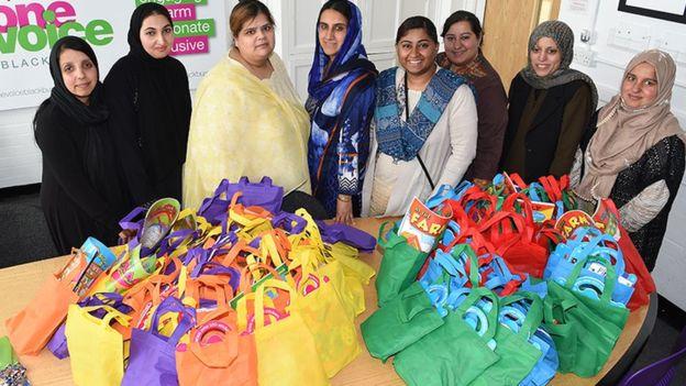 خیریه کریسمس در بریتانیا، هدایای عیدفطر به کودکان مسلمان بیمار فرستاد