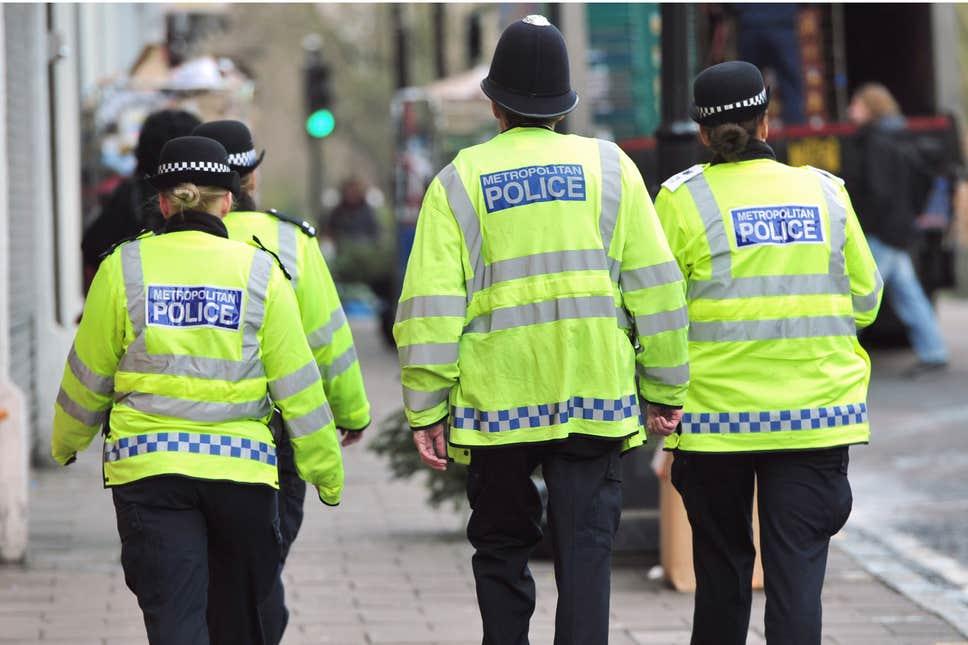 پیدا شدن شعارنویسی نفرت محور در پیاده روی مسجد لندن