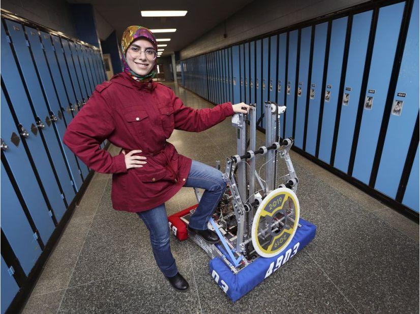 نوجوان مسلمان کانادایی برنده بورس تحصیلی ۱۰۰ هزار دلاری شد