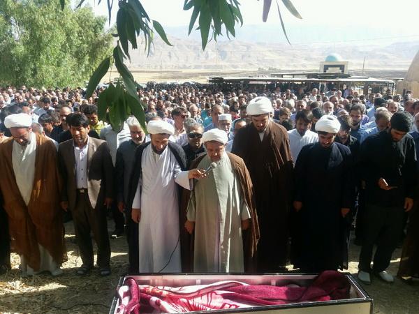تشییع و تدفین طلبه جهادی مرحوم حسین حسین زاده