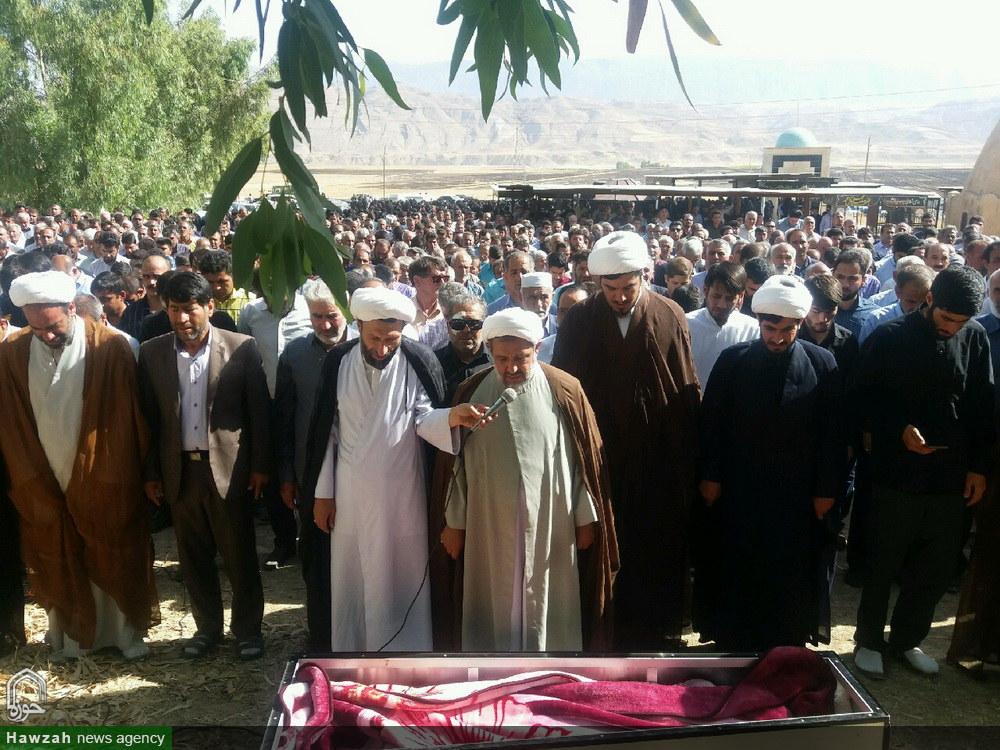 تشییع پیکر طلبه جهادی در شهرستان دره شهر