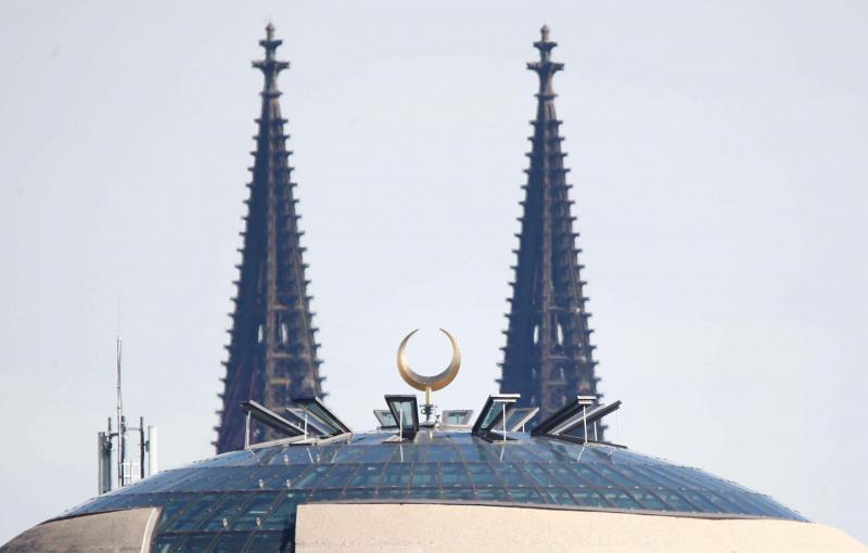 تبدیل کلیساها به مساجد دست آویز جدید اروپایی ها برای اسلام هراسی
