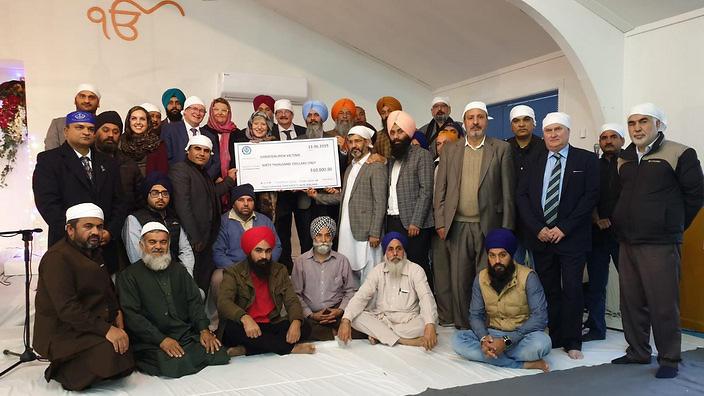 سیک های نیوزیلند ۳۹ هزار دلار به قربانیان مساجد کرایست چرچ کمک رسانی کردند