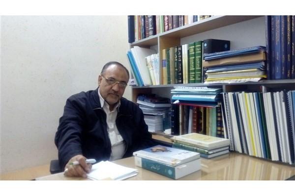 محسن احتشامینیا مترجم کتاب غایه المنی