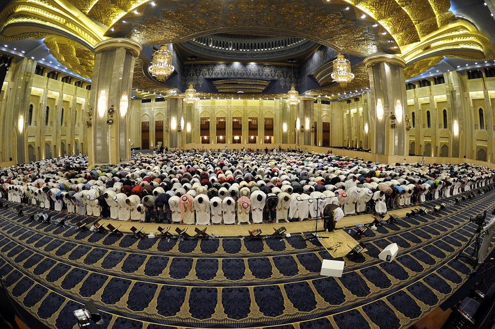 هتک حرمت قرآن کریم در مسجد کویت
