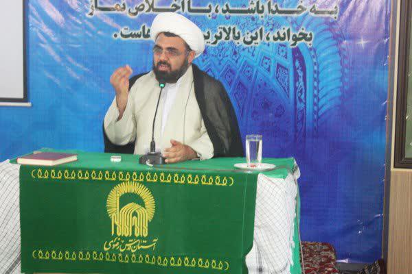 حجت الاسلام شاد - مسئول دفتر نمایندگی ولی فقیه در سپاه شهرستان بوشهر