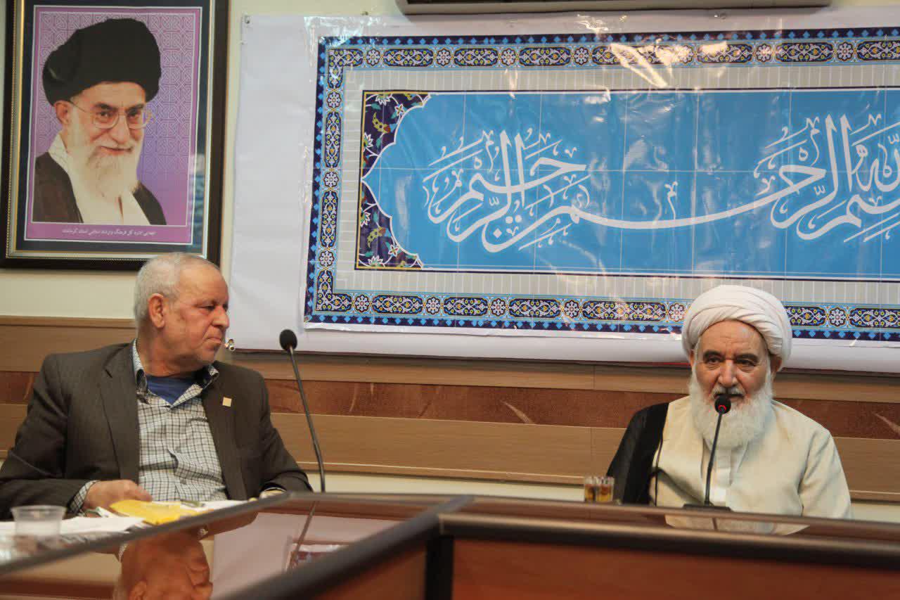 دیدار آیت الله علماء نماینده ولی فقیه در کرمانشاه با اعضای بنیاد غدیراستان
