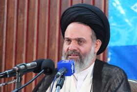 آیتالله حسینیبوشهری: استادی در حوزه موفق است که در سیاست افراط و تفریط نکند