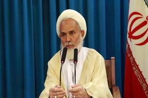 مردم داری و خوش خلقی شاخصه یک امام جمعه موفق است