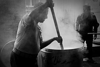 طبخ ۳۰ هزار وعده غذای گرم برای نیازمندان در شهرستان چناران