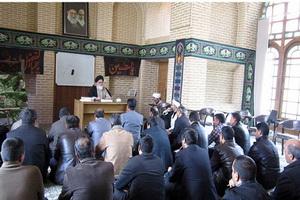 اجرای دوره بصیرت افزایی پرسنل ناجا در مدرسه علميه خان يزد