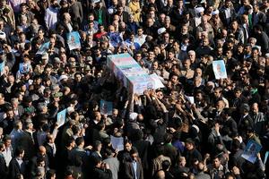 پیکر سردار شهید مدافع حرم در اهواز تشییع شد