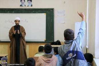 روایت تصویری از فعالیت یک مبلغ جهادی در مناطق محروم