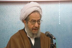 شهید سلیمانی از هیچ خیرخواهی  برای امت اسلام دریغ نکرد