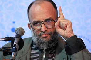 نیروهای انقلابی مواظب اتفاقات و حوادث کشور باشند