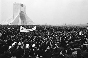 انقلاب اسلامی؛ احیاگر اسلام و قرآن در جامعه بشری است