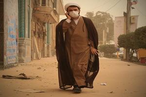 گرد و خاک بار دیگر مدارس علمیه اهواز را به تعطیلی کشاند