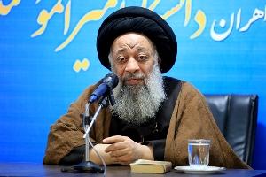 آیت الله موسوی جزایری: وزارت علوم در صدور مجوز دانشگاه ها انقباضی عمل نکند