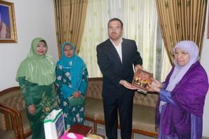 اتحاد ایران و اندونزی به تمدن جدید قرآنی کمک می کند