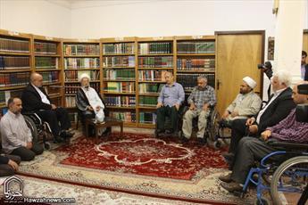 تصاویر دیدار مدیر کل بنیاد شهید و امور ایثارگران استان قم با مراجع عظام
