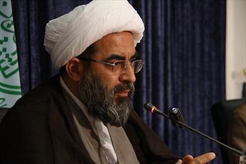 براي درك مظلوميت امام حسين(ع) بايد تلاش كنيم