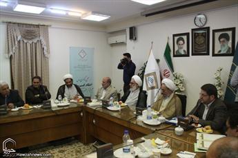 تصاویر/ دیدار روسای اتحادیه های صنفی استان قم با رئیس شورای عالی حوزه