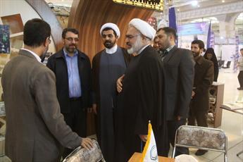 حضور رئیس پژوهشگاه علوم فرهنگ اسلامی در غرفه سامانه خبری حوزه