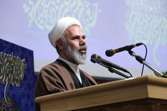 ۱۲ هزار نفر با یک جلد کتاب علامه عسکری شیعه شدند