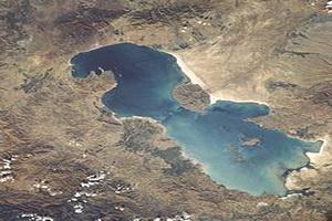بهره گیری از همه ظرفیت فرهنگی برای احیای دریاچه ارومیه