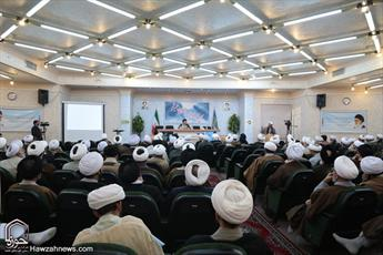 تصاویر/نشست مجمع نمایندگان طلاب و فضلای حوزه