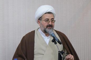 انقلاب اسلامی عزت را به مؤمنین بازگرداند