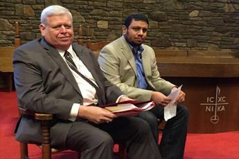 کشیش مسیحی: از مسلمانان عذرخواهی میکنم