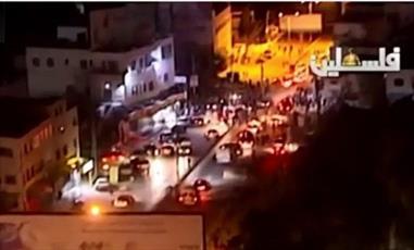 نظامیان صهیونیست در محاصره جوانان فلسطینی