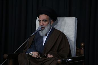 کم کاری و ناکارآمد نشان دادن نظام، رنجاندن قلب امام صادق(ع) است/ حمایت از مواضع انقلابی و عزتمندانه سران قوا