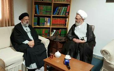 از رسالت های مهم آستان قدس رضوی  اعتلای حوزه علمیه مشهد است