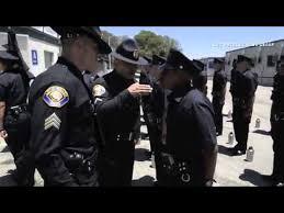 پلیس آمریکا حجاب زن مسلمان را برداشت